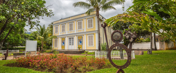 Photo de la façade de l'Arthotèque de Saint Denis de la Réunion